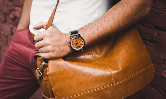 Volta às aulas: 5 acessórios masculinos para se dar bem
